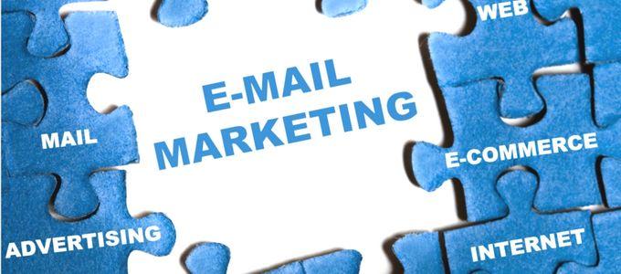 email marketing by Maria Elena, on Flickr - https://www.flickr.com/photos/melenita/15444273446